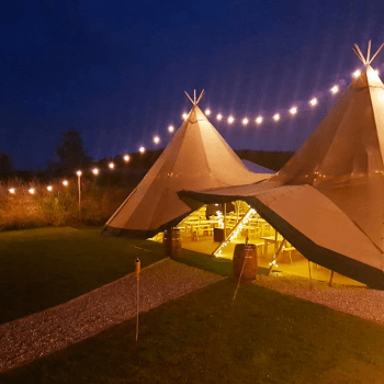Tipi tent lighting